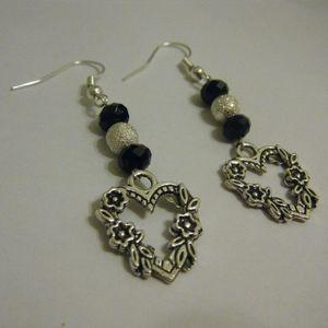 New Tibetan silver beaded heart Earrings